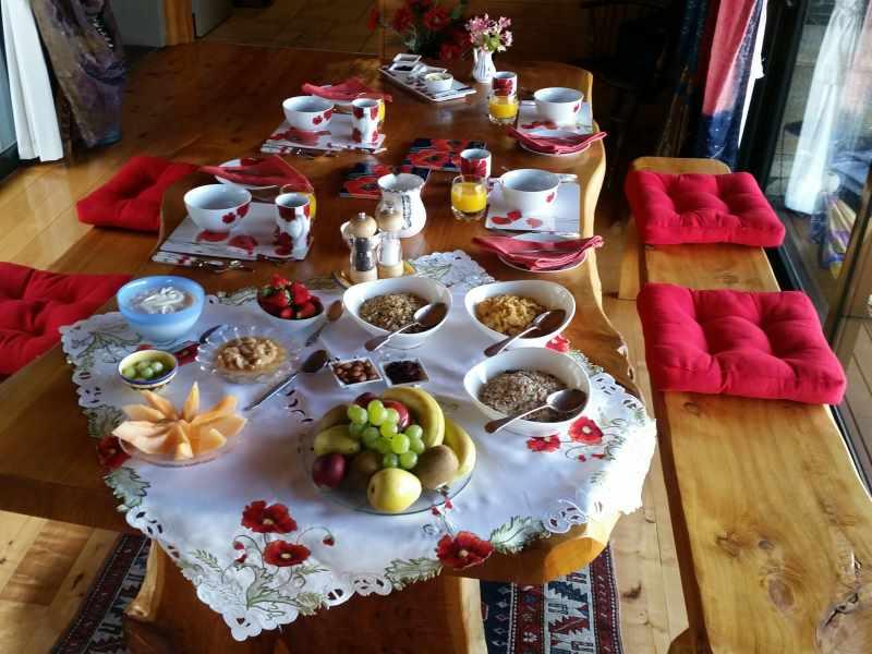 Poppys breakfast area